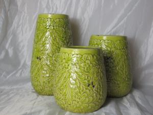 Hot Selling Fashion Home Décor Ceramic Light Green Chrysanthemum Pattern Flower Vase M