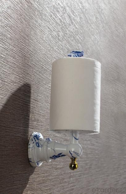 Hardware House Bathroom Accessories Blue And White  Porcelain Series Roll Holder