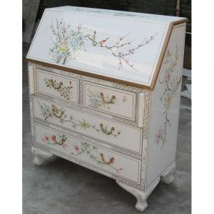 Asia Lacquer Desk Hot Selling