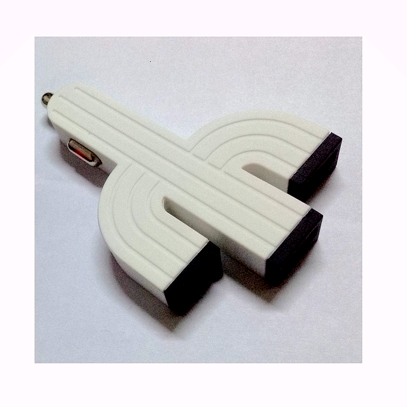 China Car Charger Factory Cactus 3 Port USB Car Charger For iPhone 5 5s iPad 2 3 4 5 iPod eGo e Cigarette PDA White