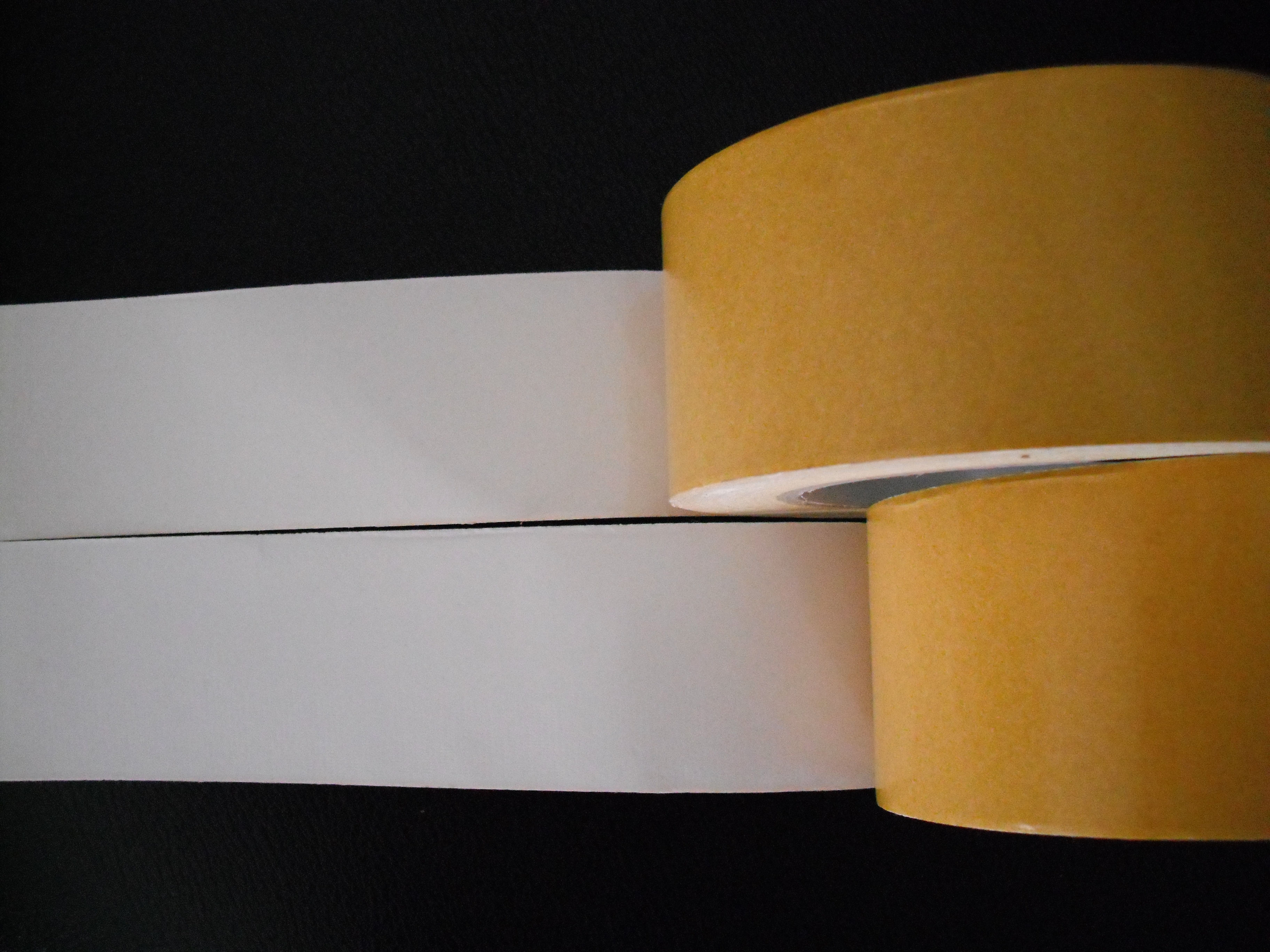 Yellow Double Sided Cloth Tape With Mediun Adhesion