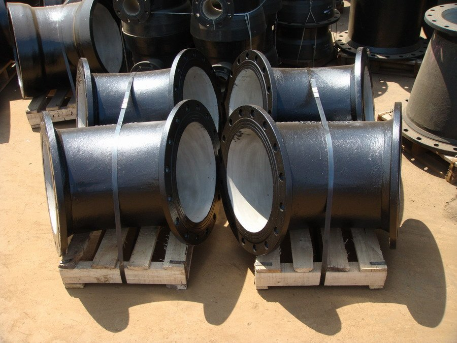 Buy china ductile iron pipe fittings degree price