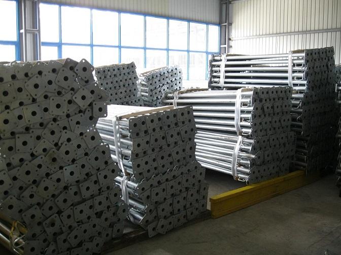 steel props of lift