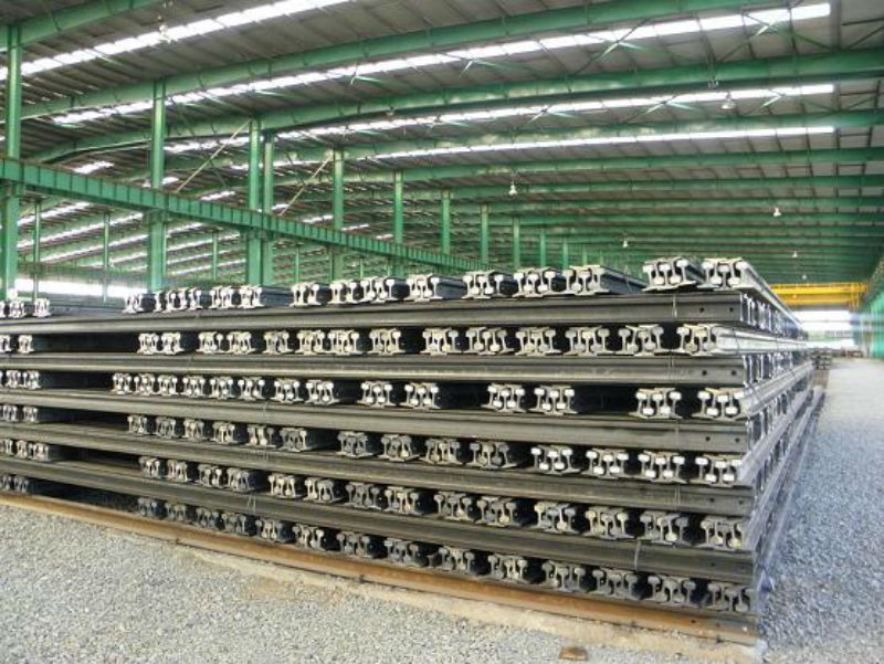 Steel Heavy Rail GB2585-81 with High Quality