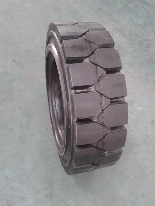 Industrial Forklift Solid Tyres 8.25-15