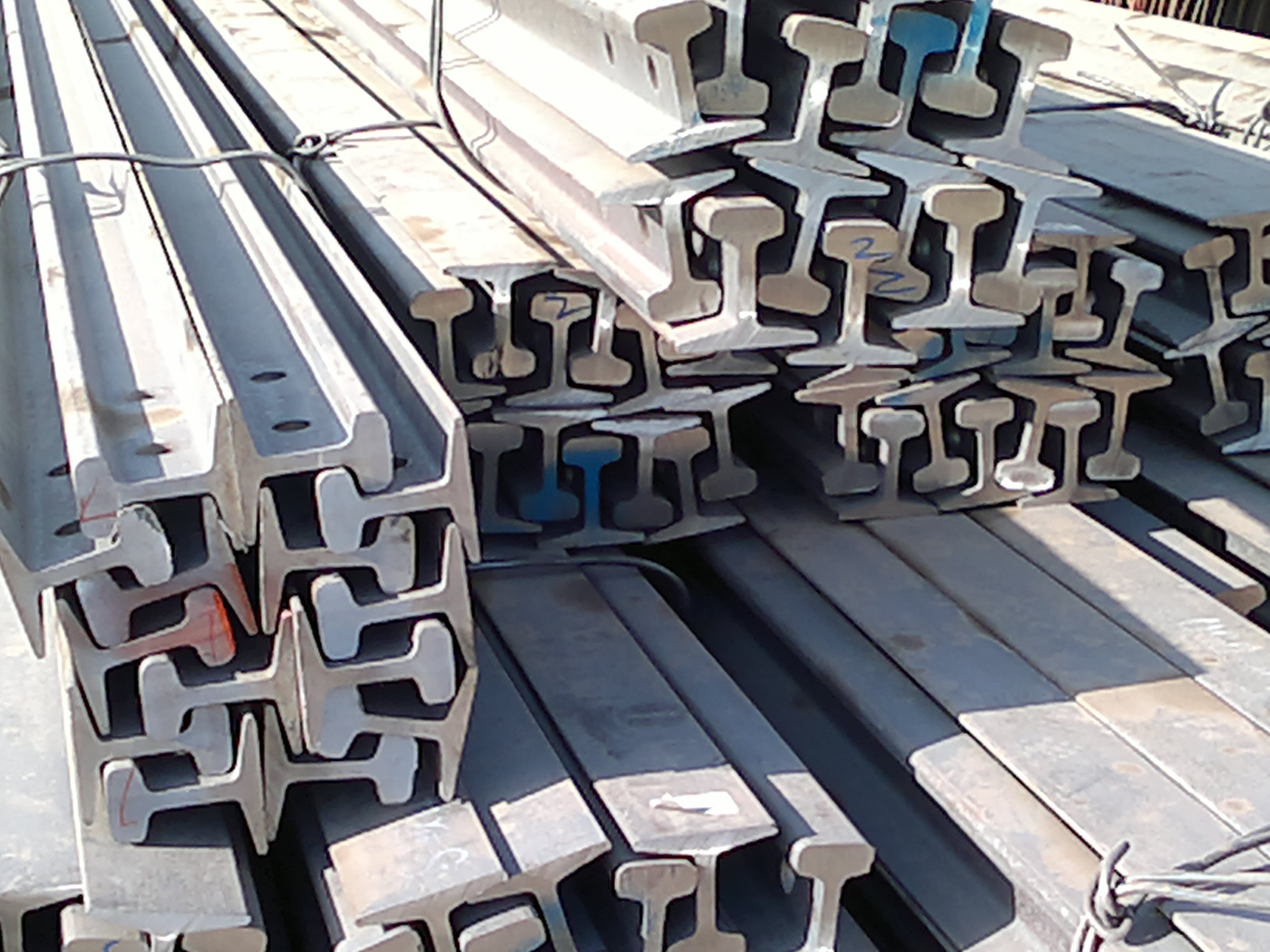 HR Steel Rail Light Made in China with High Quality and Competitive Prices