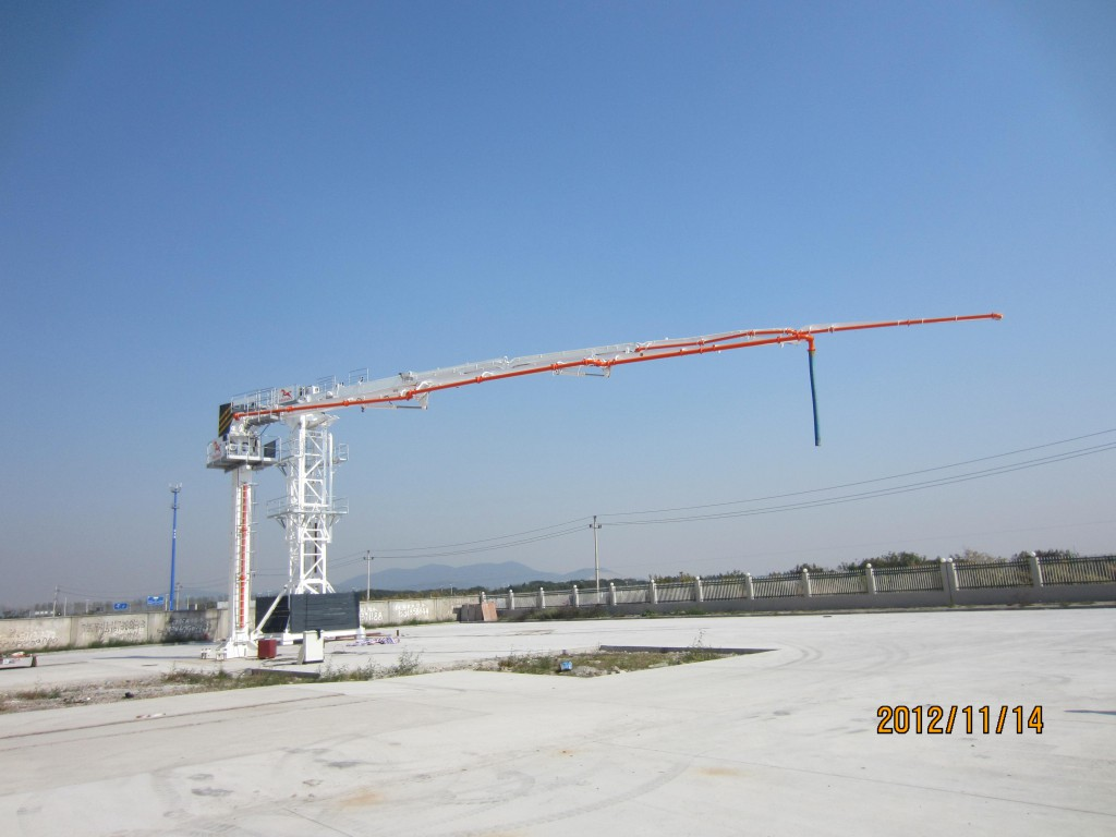 Lattice Tower Type Concrete Placing Boom 38M With 4 R-Stage