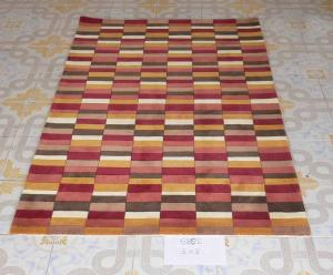 Acrylic Area Rugs Hand Tufted with Modern Design