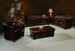 Classic chesterfield sofa Italian leather