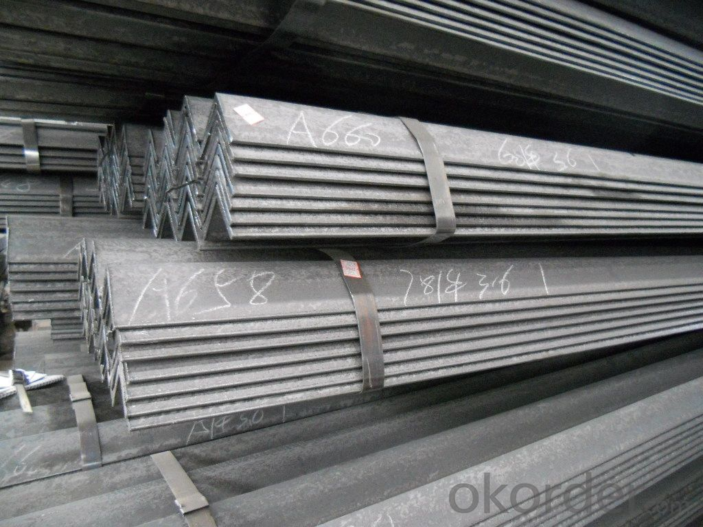 Hot Rolled Steel Equal Angles Q235, A36, SS400, 235JR for Construction