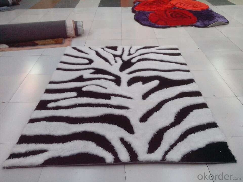 Tree Shape White and Black Color Hand Tufted Polyester Shaggy Carpet