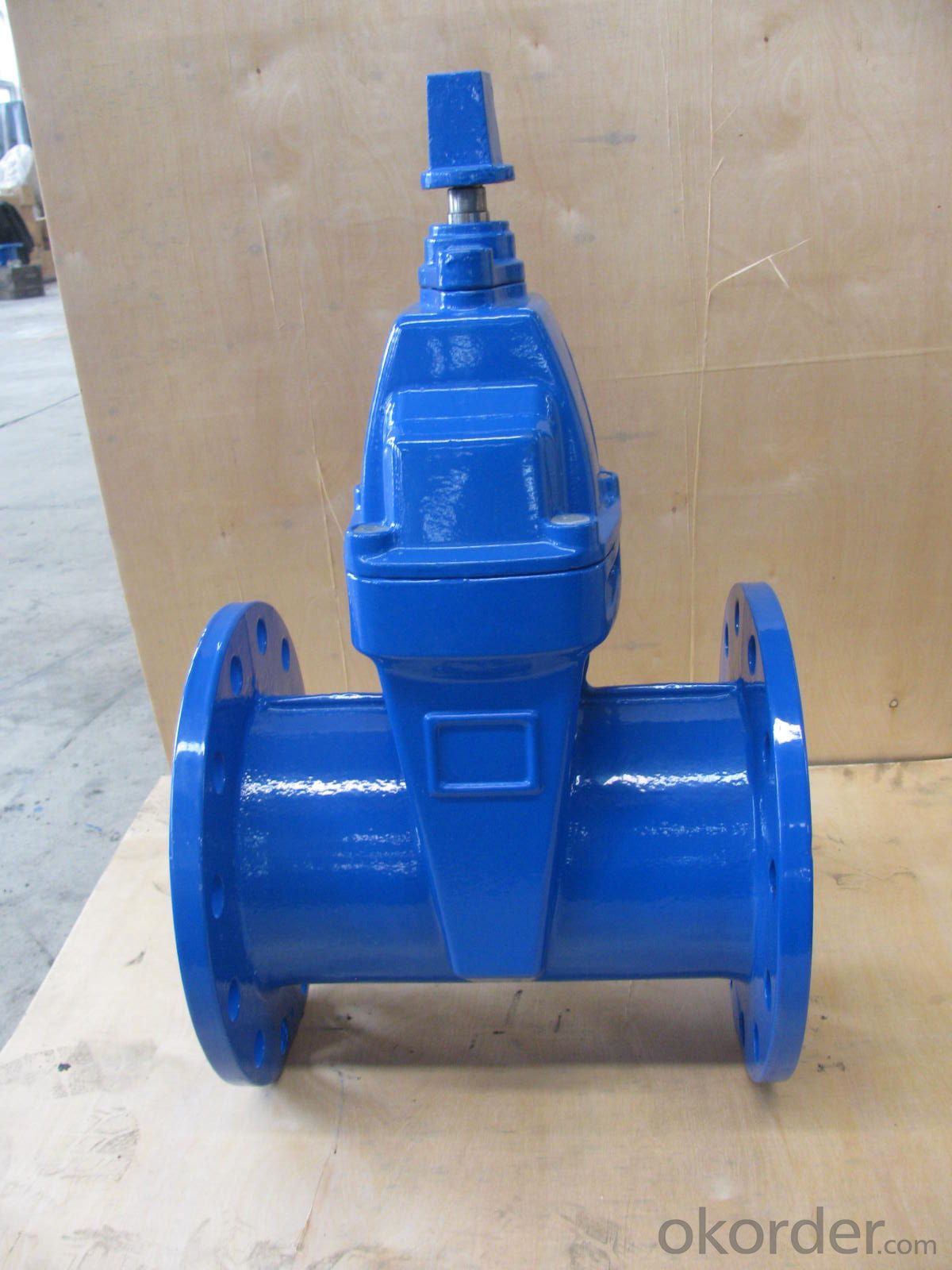 Ductle iron gate valve with drain BS NRS resilient seat flanged