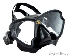TEMPERED GLASS SWIM MASK for deep swimming