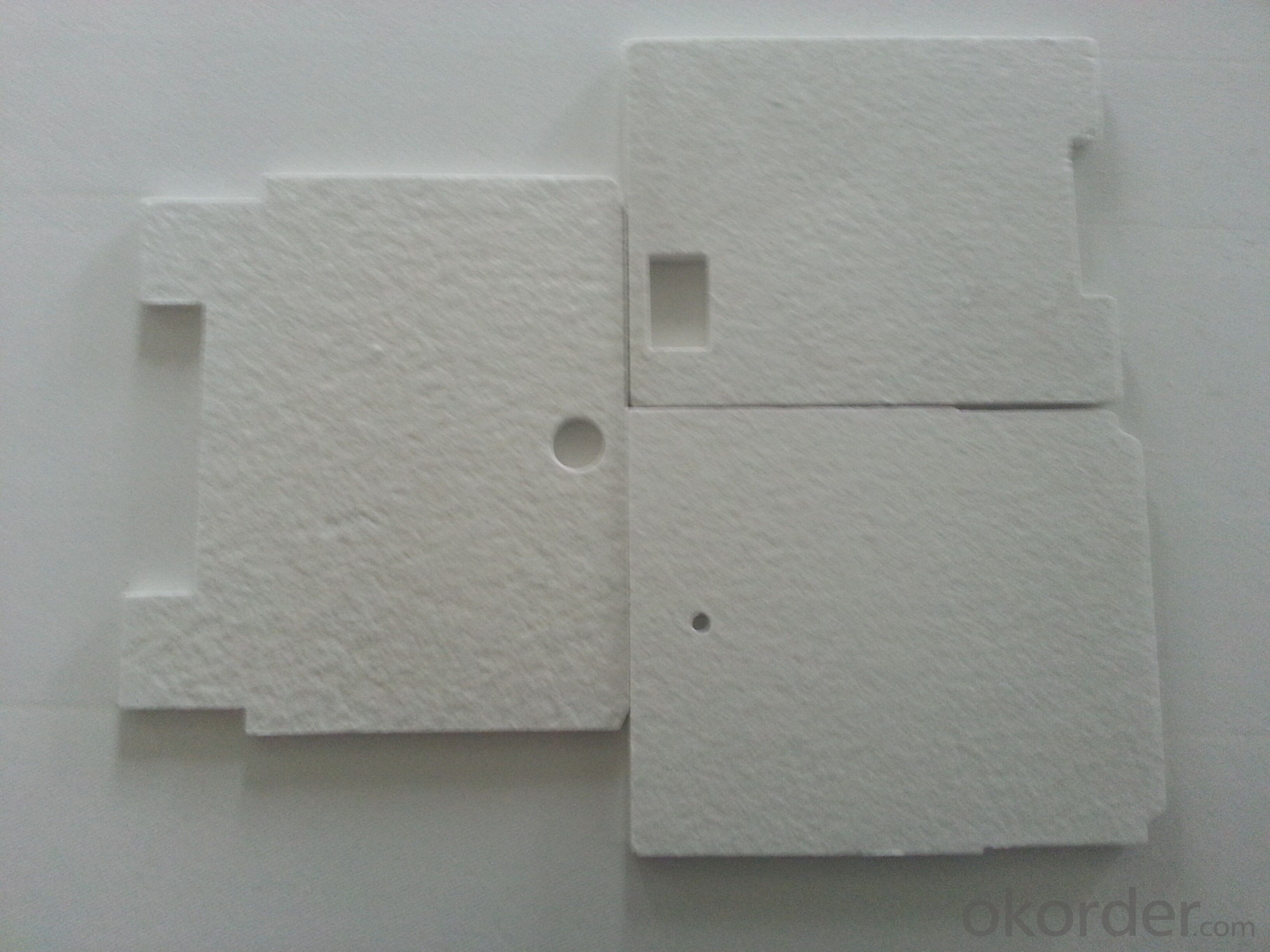 House using hot water heat insulating board