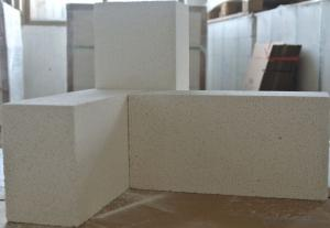 Clay brick of refractory brick for glass kiln