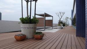 Timber Decking / Eco-friendly WPC outdoor decking