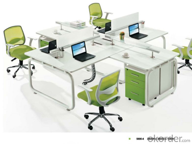 Office Table/Commerical Desk Solid Wood/MDF/Glass with Best Price CN500