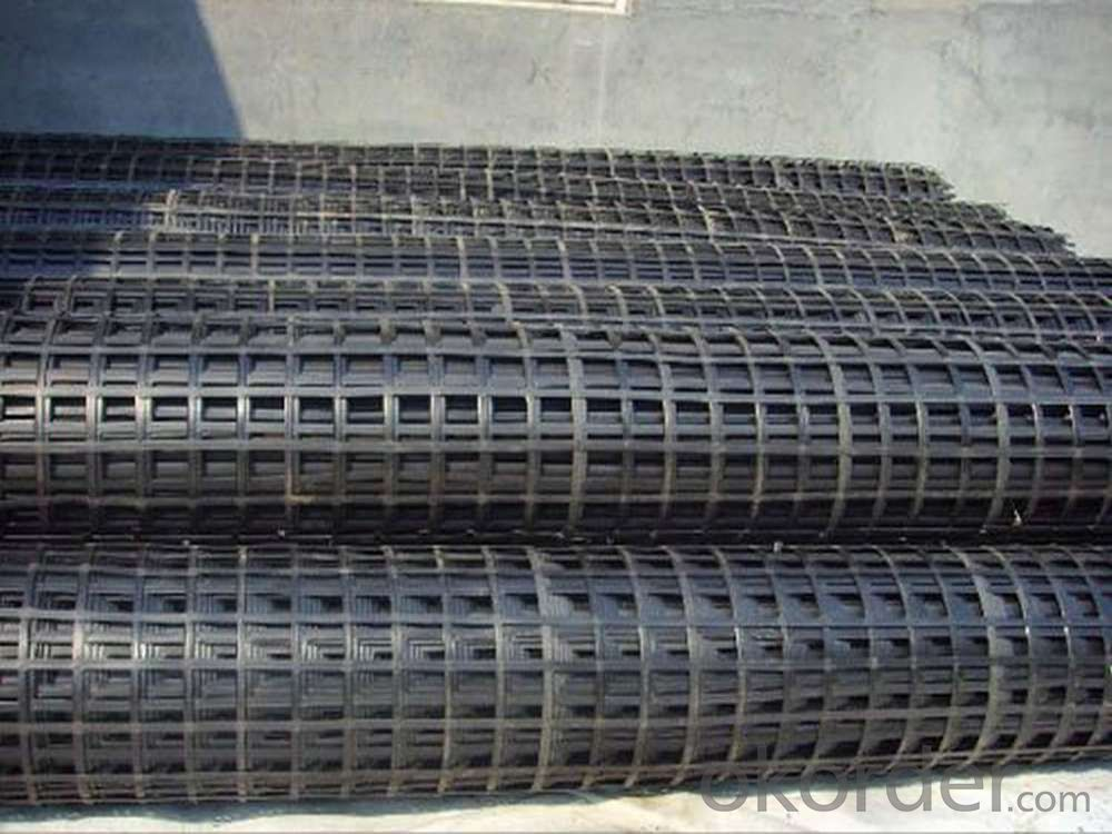 Polyester Geogrid with Low Creep for Constructional Reinforcement