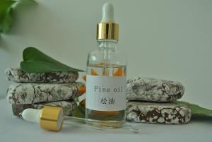 Pine Oil  with High Quality and Cheap Price and Strong Package