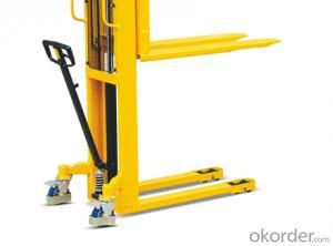 Hand Stacker -- EFS 0516 G with forklift