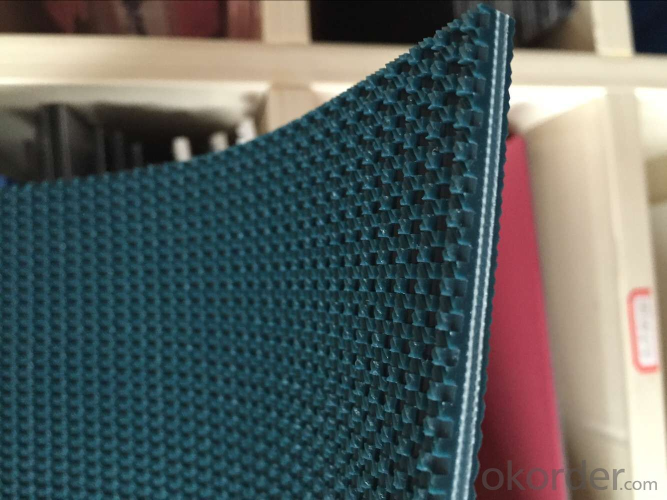 Buy 4mm 4 5mm 5mm Green White Rough Top Pvc Conveyor Belt