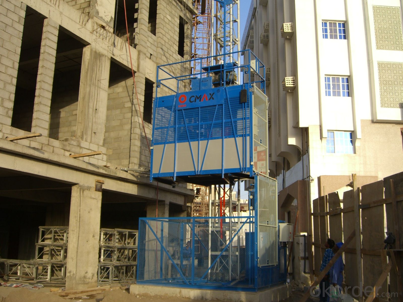 SINGLE CAGE CONSTRUCTION LIFT ELEVATOR HOIST MODEL SC200