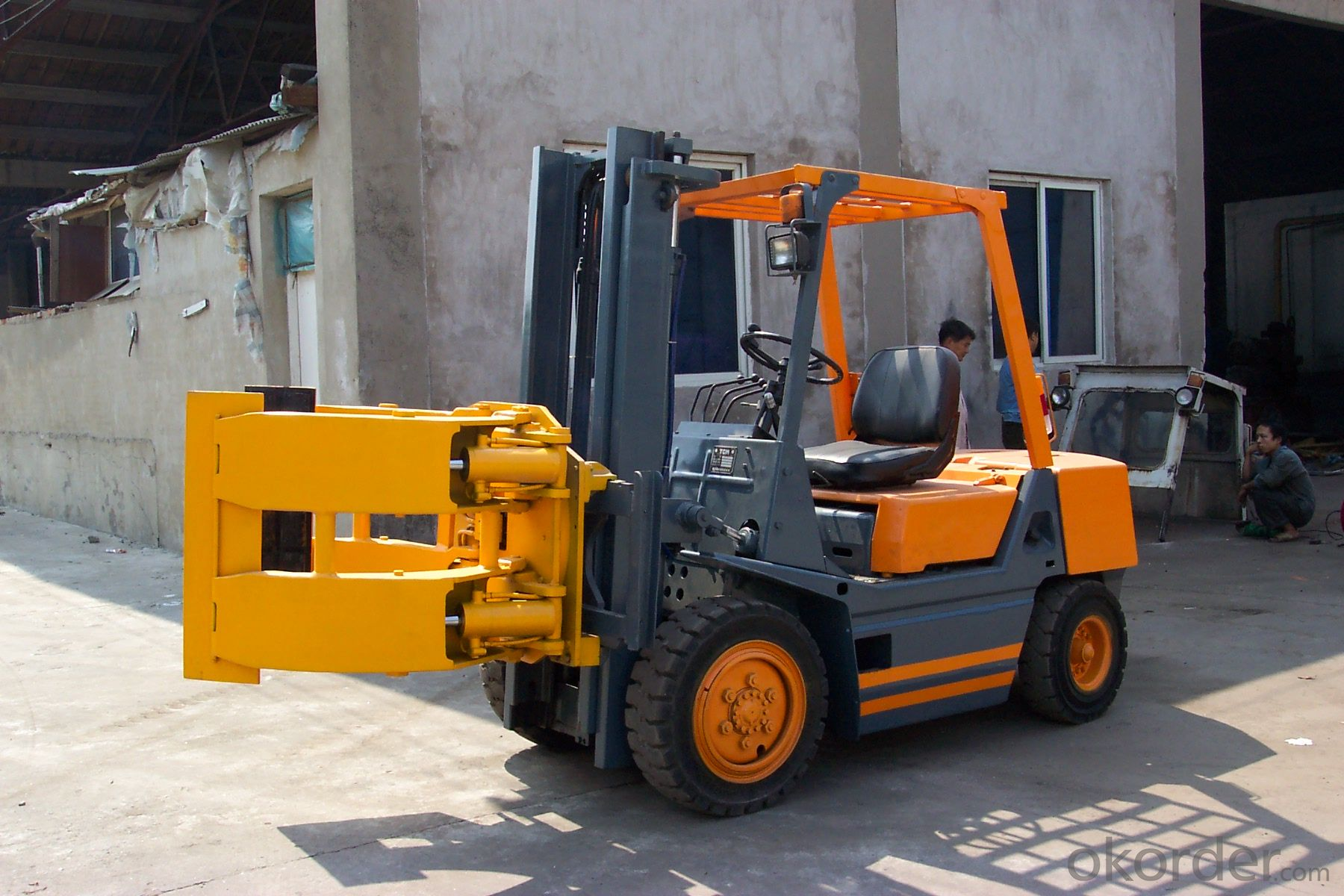 Electric reach truck  HIGH Quality ON SELL