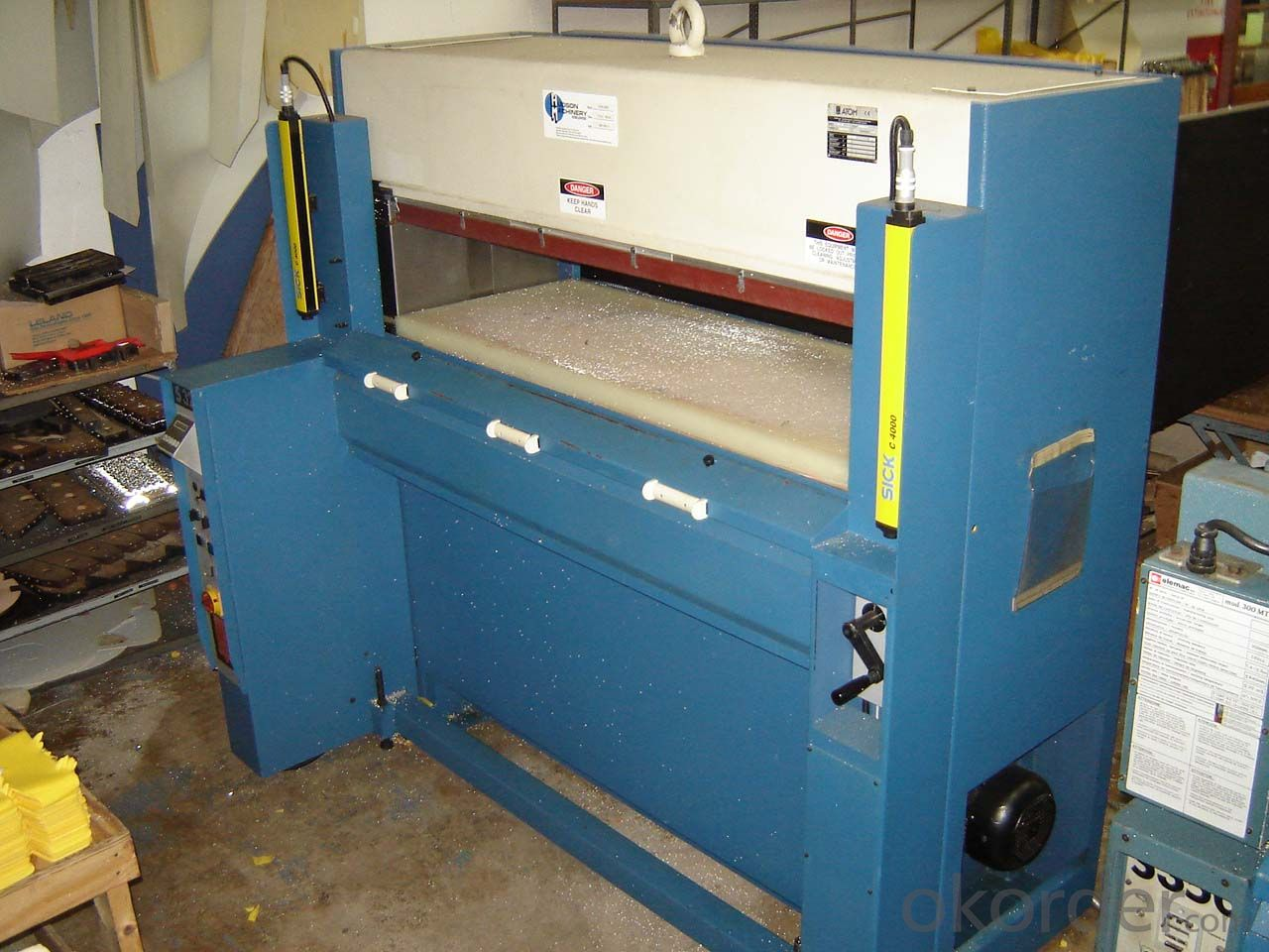 FRP aluminium roofing sheet making hydraulic pultrusion machine
