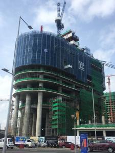 Hydraulic self climbing scaffolding、Hydraulic climbing protection platform